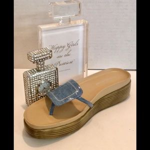 Donald PLINER Low WEDGE FIFI Patent Comfy Sandal